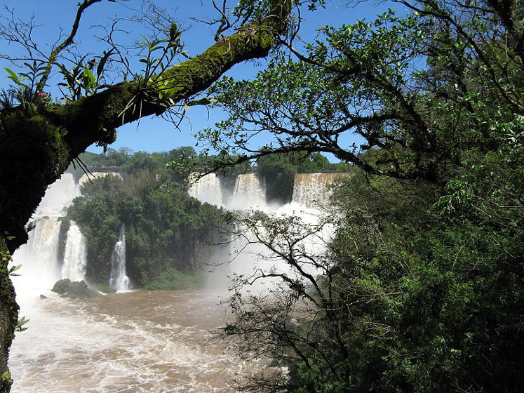 World Travel Photos :: Argentina - Iguasu Waterfalls :: Argentina. Iguasu Falls