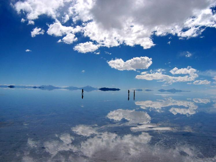 World Travel Photos :: Bolivia :: Bolivia. Salar de Uyuni - is it real?