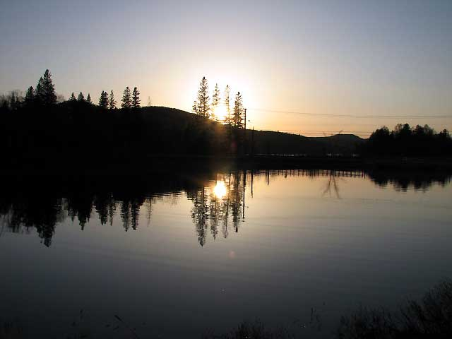 World Travel Photos :: Canada - Quebec - Mont-Tremblant :: Quebec. Sunset in Parc du Mont-Tremblant