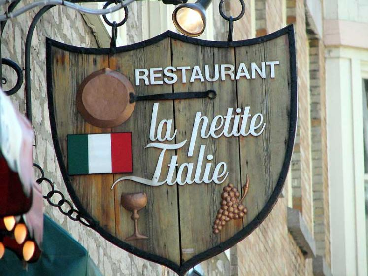 World Travel Photos :: Shop-Signs :: Quebec City. Restaurant