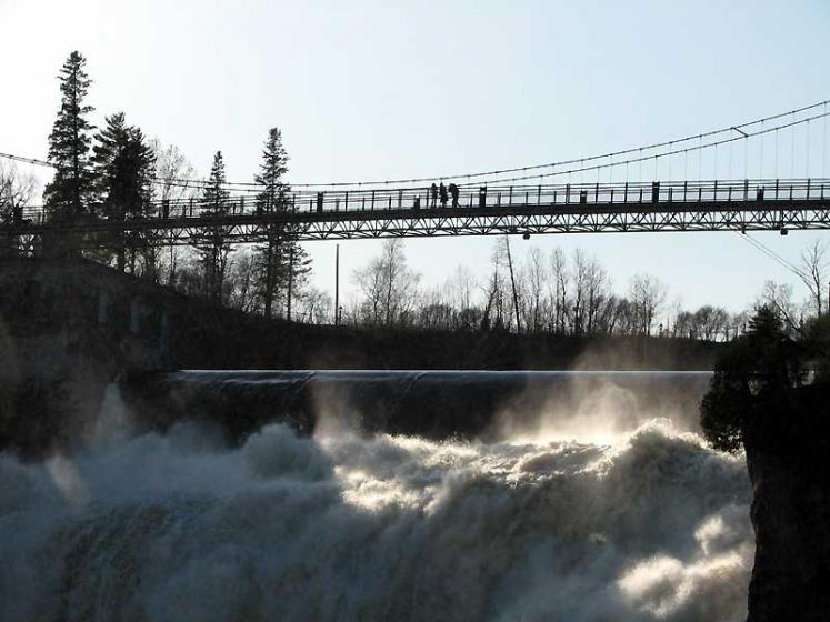 World Travel Photos :: Waterfalls :: Quebec City. Montmorency Falls