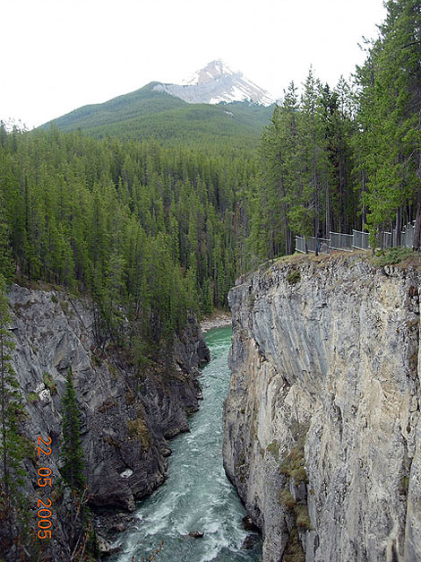 World Travel Photos :: Canada - Rocky Mountains :: Canada. Rocky Mountains