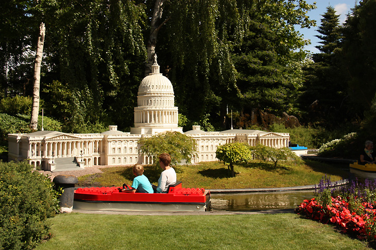 World Travel Photos :: Denmark - Billund - Legoland :: Billund. Legoland - a boat ride
