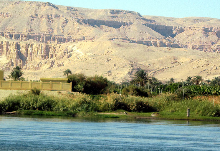 World Travel Photos :: Egypt :: Egypt. Luxor - Nile river