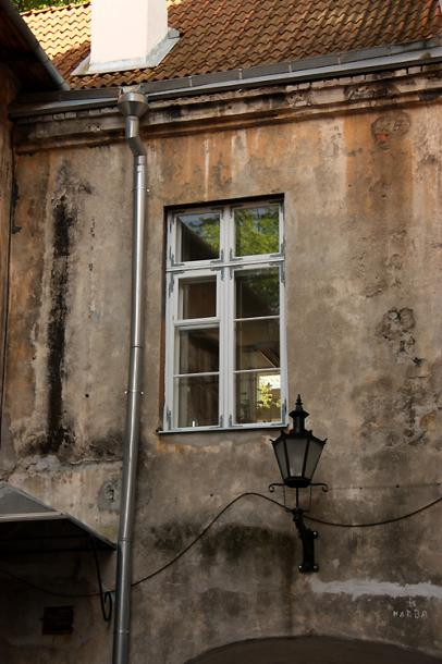 World Travel Photos :: Ancient world :: Tallinn. Old building in the old city