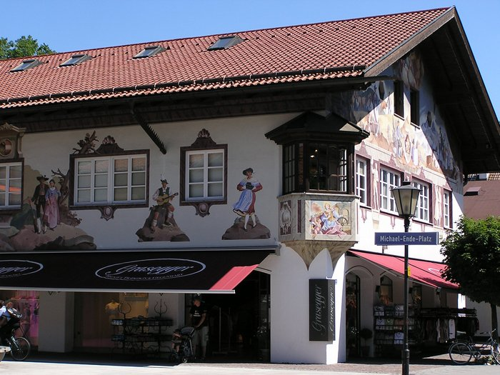 World Travel Photos :: Interesting unusual buildings :: Germany. Garmisch-Partenkirchen