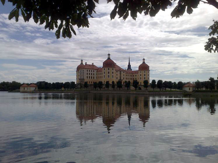 World Travel Photos :: Reflections :: Germany. Schloss Moritzburg - a view across the lake