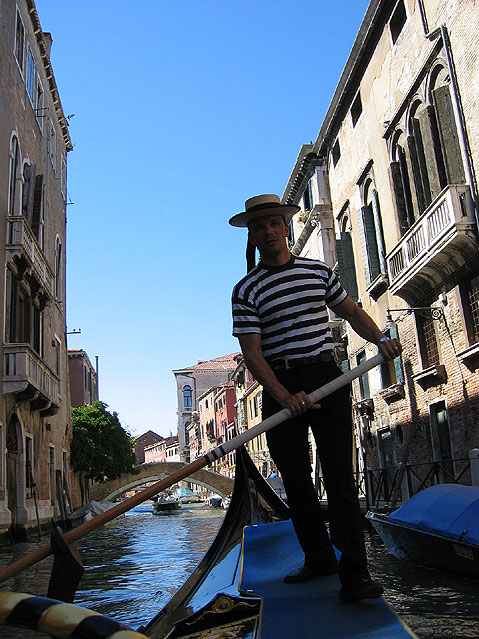 World Travel Photos :: Italy - Venice :: Venice. Gondolier