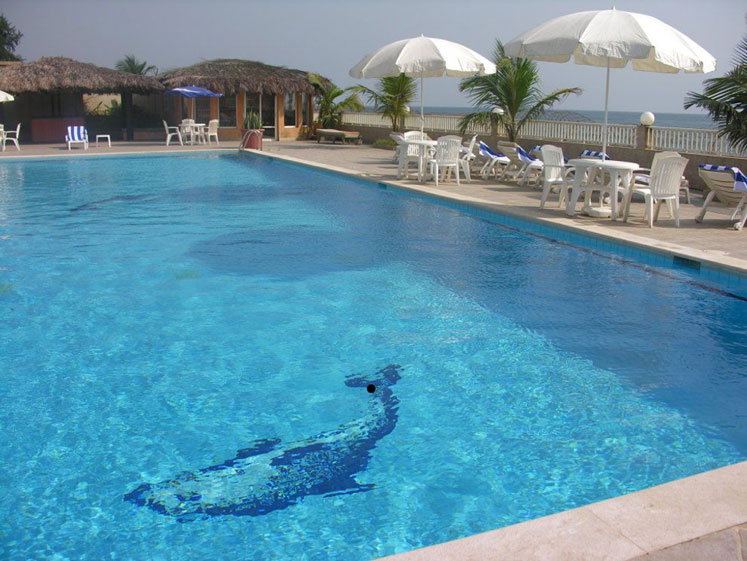 World Travel Photos :: Liberia - Monrovia :: Monrovia, Liberia - Pool at the Mamba point hotel