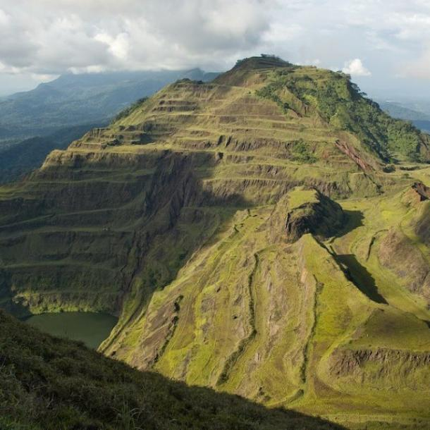 World Travel Photos :: Mountains :: Liberia, west Africa