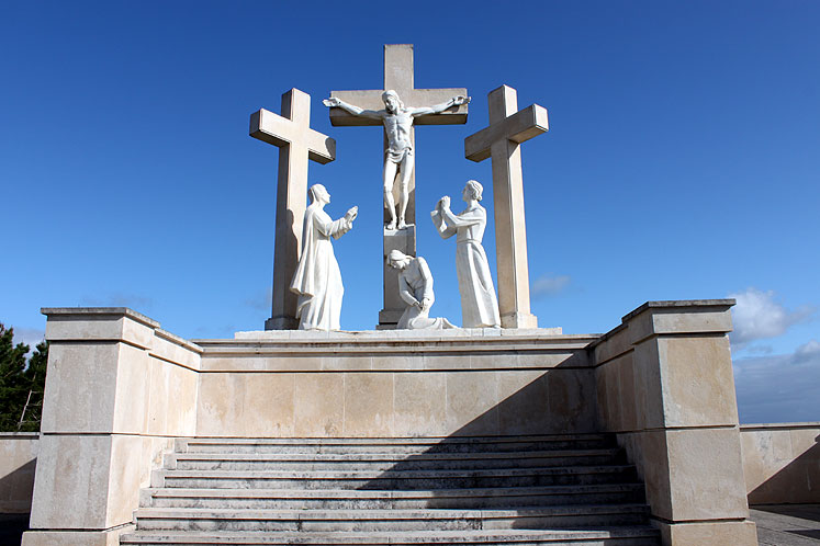 World Travel Photos :: Portugal - Fatima :: Fatima. Station of the Cross
