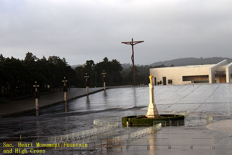 World Travel Photos :: Portugal - Fatima :: Portugal. Fatima - Sacred Heart of Jesus Monument