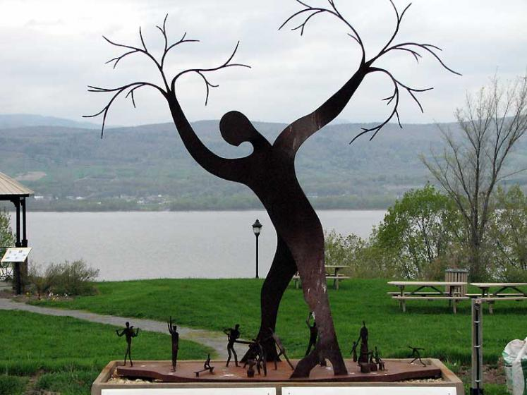 World Travel Photos :: Monuments & sculpture compositions :: Ile d´Orleans, Quebec