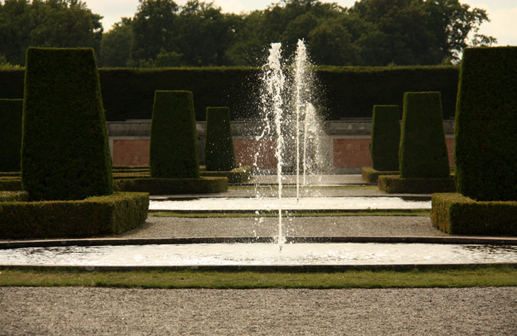 World Travel Photos :: Fountains :: Drottningholm Palace - one of many fountains