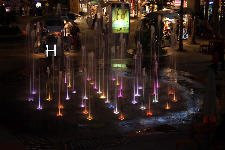 World Travel Photos :: USA - California - Hollywood :: Hollywood - fountains