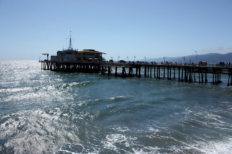 World Travel Photos :: USA - California - Santa Monica :: A pier in Santa Monica