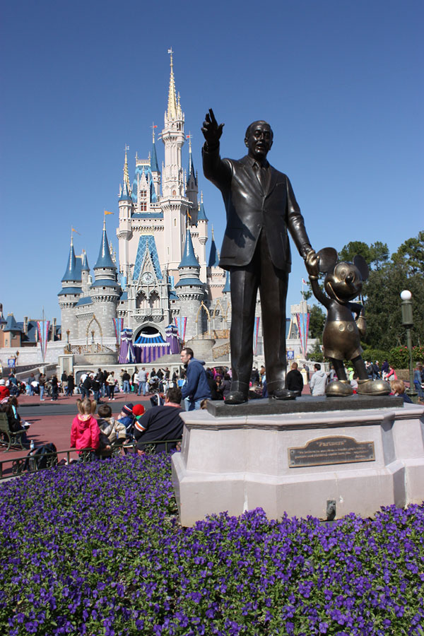 World Travel Photos :: USA - Florida - Orlando - Disney World :: Walt Disney World - Walt Disney & Mickey