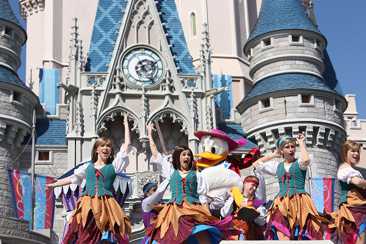 World Travel Photos :: Amusement & theme parks  :: Walt Disney World - a noon-show