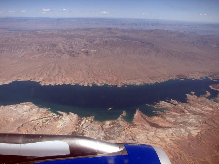 World Travel Photos :: Aerial views :: Colorado river - view from the airplane