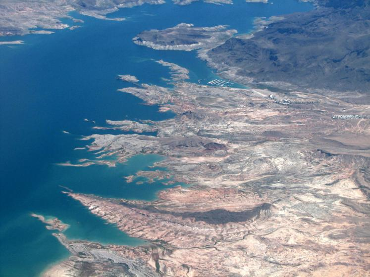World Travel Photos :: Aerial views :: Colorado river from the airplane