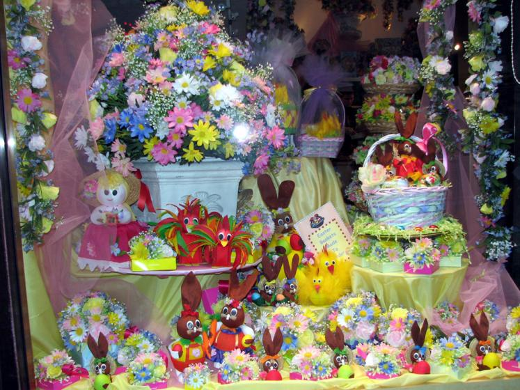 World Travel Photos :: Shop-Windows  :: New York City. Shop Window - Easter Decorations