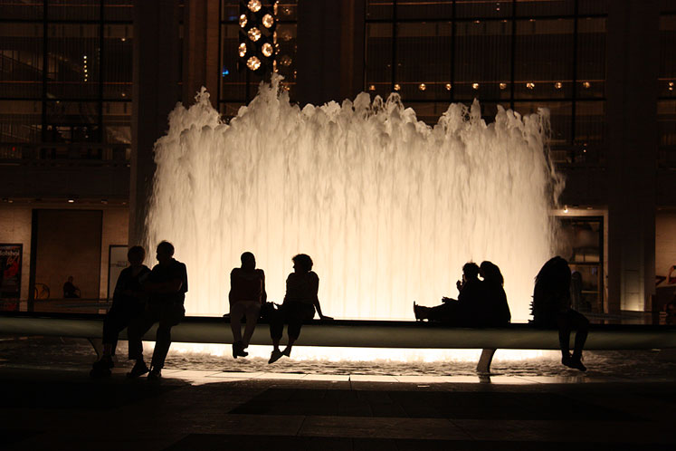 World Travel Photos :: Fountains :: New York City - enjoying the evening by the fountain on Lincoln Square